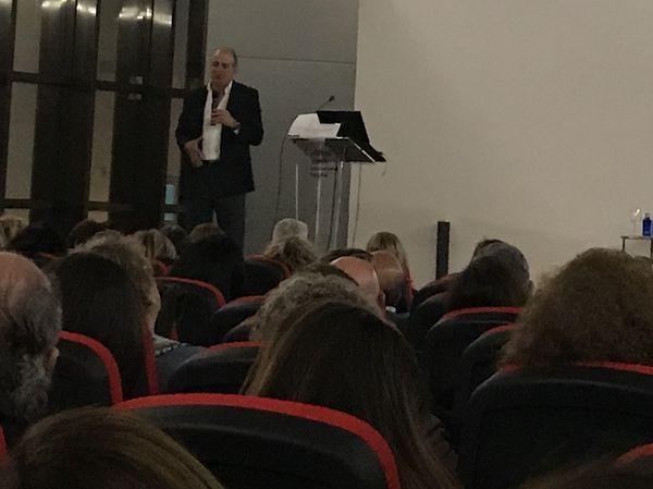 Conference `El Nuevo Paradigma de la Realidad: Éxito en la Vida Personal y Profesional´