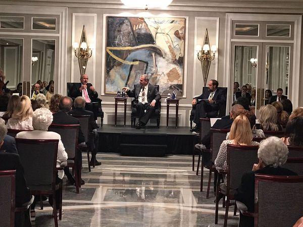 El Profesor Yoav Tenembaum de la Universidad de Tel Aviv y el embajador de Israel en España, Daniel Kutner, desgranan los secretos de la comunicación intercultural en la diplomacia internacional