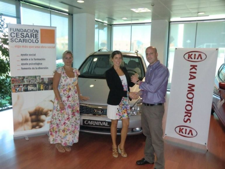 KIA CARNIVAL for the Cesare Scariolo Foundation