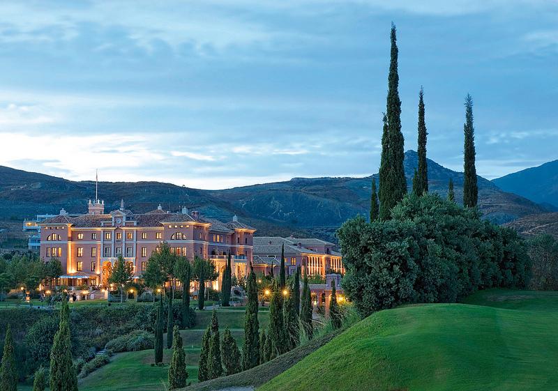 Villa Padierna, Mejor Hotel de España en 2013 por The International Hotel Awards