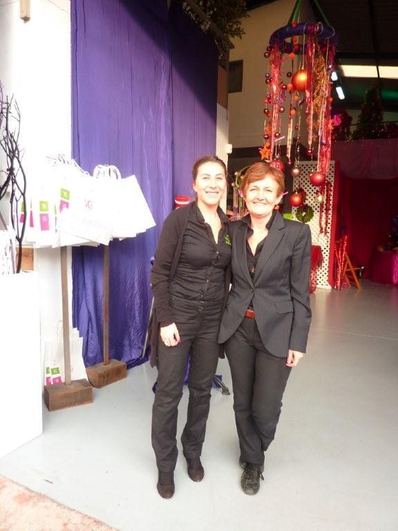 Exposición de arte floral con orientación navideña con VIRGINIA GONZÁLEZ FLORISTA