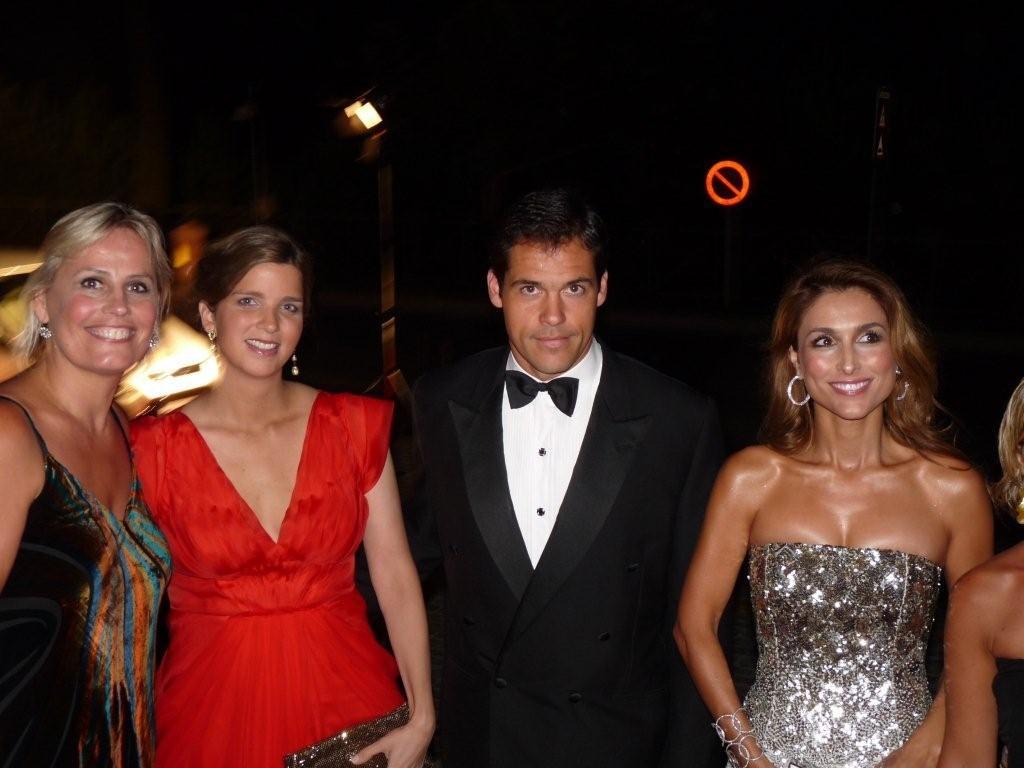 Marie-Noëlle Erize con Alfonso de Borbón, Margarita Vargas y Paloma Cuevas