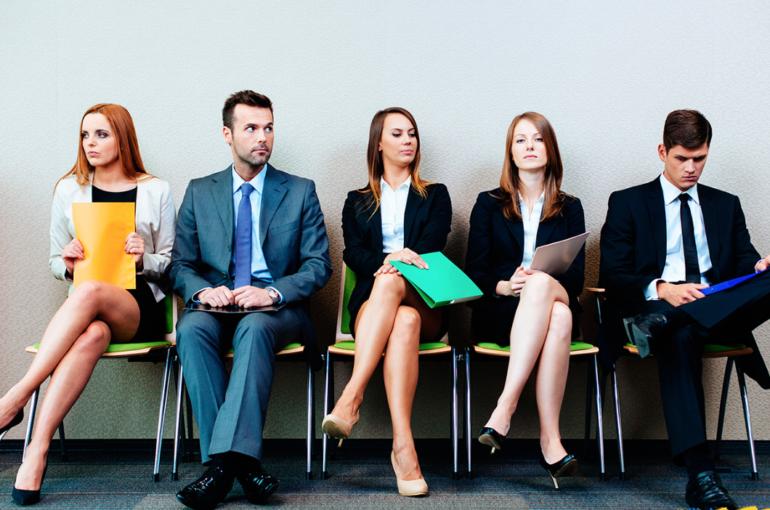 La importancia de la comunicación no verbal en el trabajo y relaciones profesionales