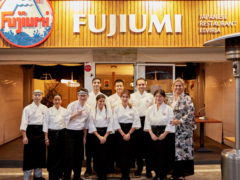 FUJIUMI restaurant launch night