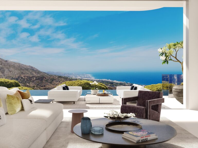 Interest from Americans in buying luxury  homes in southern Spain is on the rise